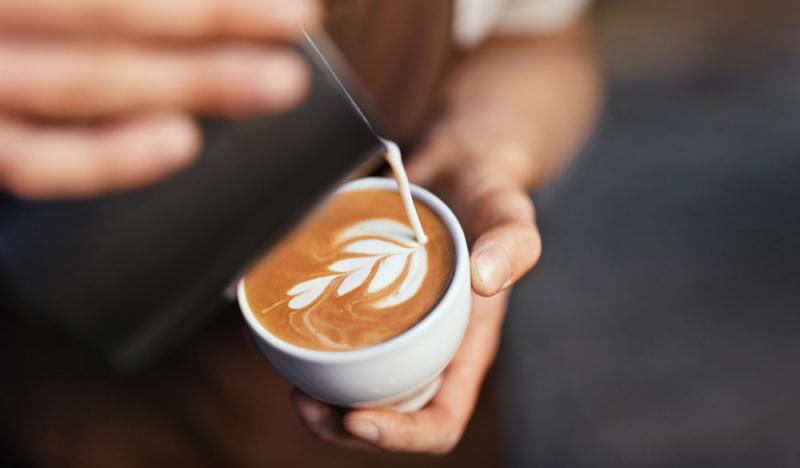 CBD Kaffee: So soll der neue Trend wirken!